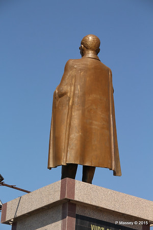 Ataturk Statue Kusadasi 22-07-2015 14-07-09
