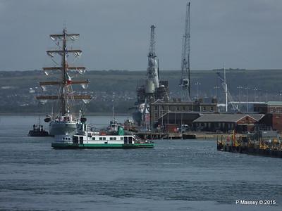 CUAUHTEMOC D35 HMS DRAGON GOSPORT QUEEN Portsmouth PDM 29-06-2015 08-09-32