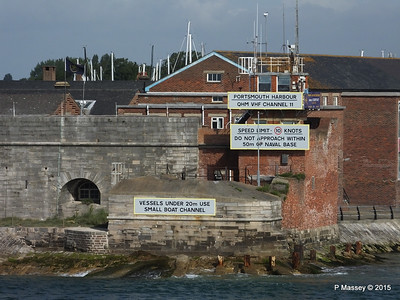 Portsmouth Harbour Entrance PDM 29-06-2015 08-09-49