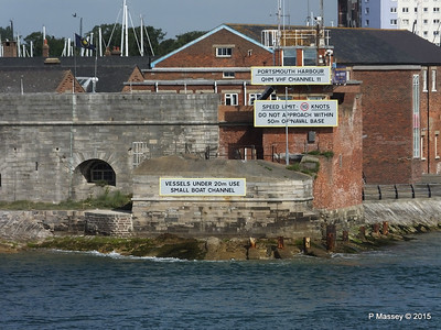 Portsmouth Harbour Entrance PDM 29-06-2015 08-09-52