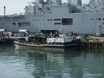 1715 Sullage Lighter R06 HMS ILLUSTRIOUS Portsmouth PDM 29-06-2015 07-56-44
