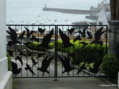 The Birds Gates St Peter Port Guernsey PDM 02-04-2015 10-32-08