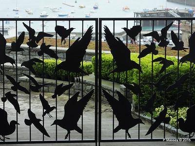 The Birds Gates St Peter Port Guernsey PDM 02-04-2015 10-32-01