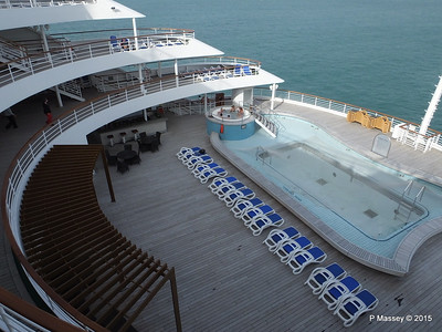 ORIANA Stern Decks Terrace Pool PDM 02-04-2015 15-36-31