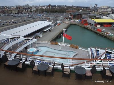 Terrace Pool ORIANA Southampton PDM 01-04-2015 12-57-049