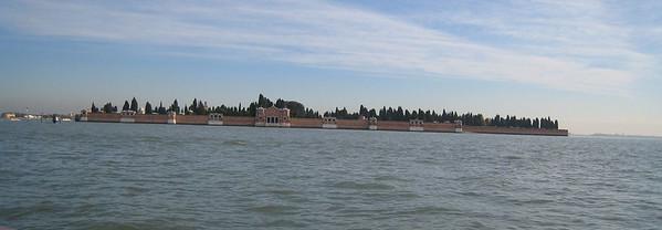 "Venice - the ""cemetary"" island"