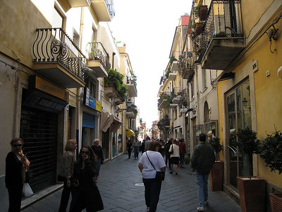 Taormina, Sicily - typical street (lots of shops!)