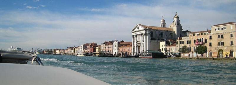 Venice - Taxi ride to the ship