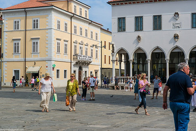 First square in old town