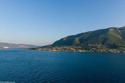 Sailing into Kotor