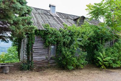 Mystery house at the tea plantation
