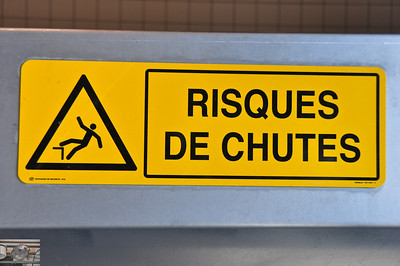Instructions for the French version of Chutes and Ladders.