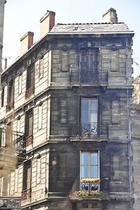 Would the building fall apart if they cleaned the exterior?