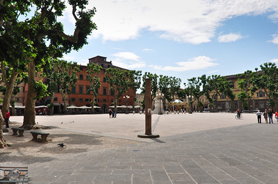 Another plaza (Lucca).