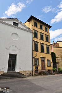 Skinny house (Lucca).