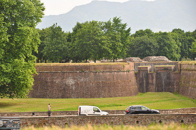 Walls of old town Lucca.