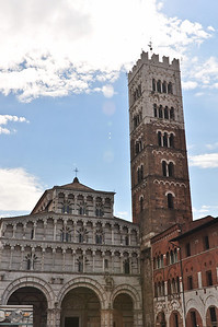 Church and tower. (Lucca).