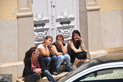 The Portuguese monkeys: Text no evil, smell no evil, speak no evil and think no evil.