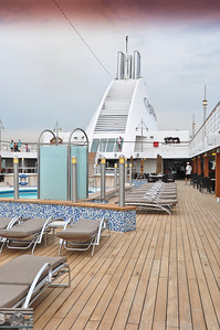 Looking aft from the poolside bar.
