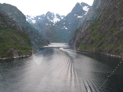 Entering the narrow Troll Fjord