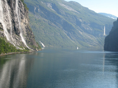 Geiranger Fjord - Seven Sisters Falls to the port side