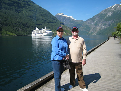 Cindy & David at Geiranger with the ship in the background