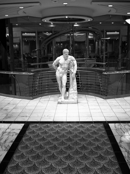 Sculpture on <i>Voyager of the Seas</i>