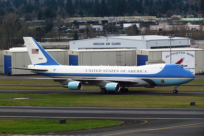 Something to do with this plane (pic ©flypdx)