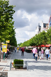 The tree lined uber touristy/shop laden area of Binz