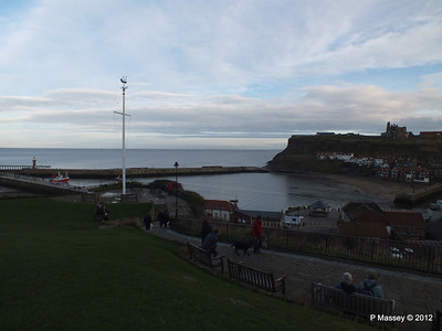 Whitby Harbour Abbey PDM 17-11-2012 15-40-01