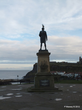 Captain James Cook Statue Whitby PDM 17-11-2012 15-38-47