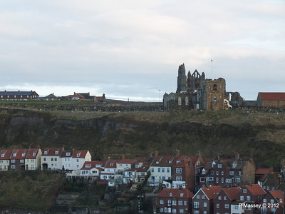 Whitby Harbour & Whitby Abbey PDM 17-11-2012 15-40-58