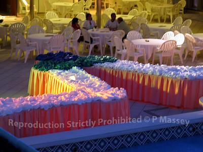 MSC Melody preparing Gran Buffet Magnifique 28-07-2003 19-34-07