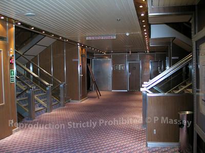 MSC Melody stairwell 01-08-2003 04-59-07