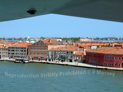 Departing Venice aboard Melody PDM 27-07-2003 15-32-47