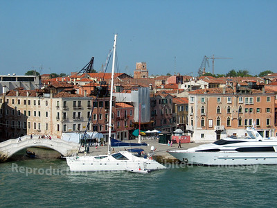 Departing Venice aboard Melody PDM 27-07-2003 15-40-28