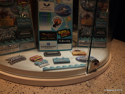 NORWEGIAN BREAKAWAY Photo Gellery Souvenirs PDM 03-05-2013 10-48-03