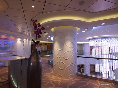 NORWEGIAN BREAKAWAY Ice Bar Entrance PDM 03-05-2013 11-03-35