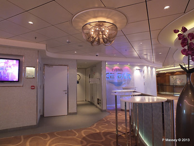 NORWEGIAN BREAKAWAY Ice Bar Entrance PDM 03-05-2013 11-03-27