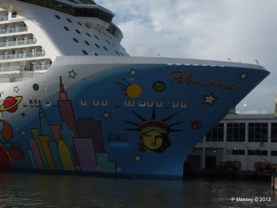 NORWEGIAN BREAKAWAY New York PDM 08-05-2013 18-07-16