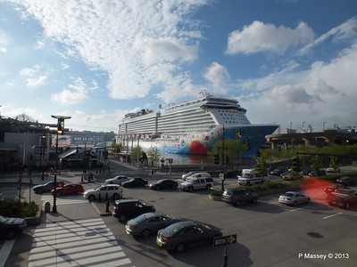 NORWEGIAN BREAKAWAY Pier 88 New York PDM 08-05-2013 18-13-30
