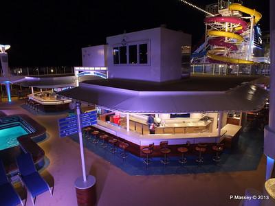 Waves Pool Bar at night NORWEGIAN BREAKAWAY PDM 30-04-2013 21-53-03