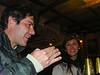 De lo que estamos hablando en esta foto no me recuerdo exactamente, no tiene nada que ver con la cerveza peruana pero por el hecho de que escribí esas frases nada menos de 5 meses después de la fecha.<br /> <br /> La Carreta - C/. Heladeros - Cusco - Perú<br /> Lunes, 13 de agosto '12