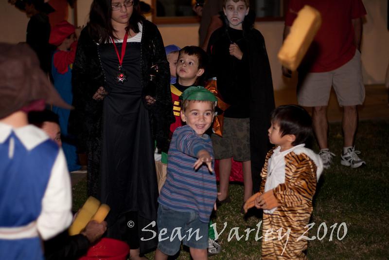 2010.10.29 Halloween party 0025
