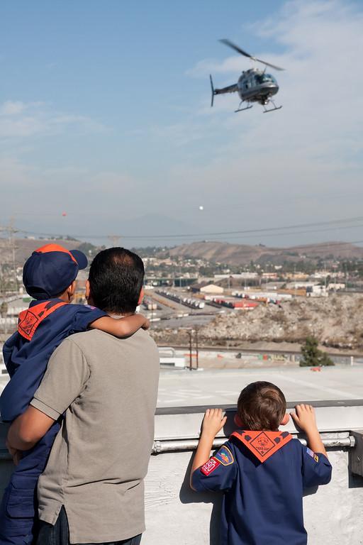2009.11.22 Cub Scouts police visit 056