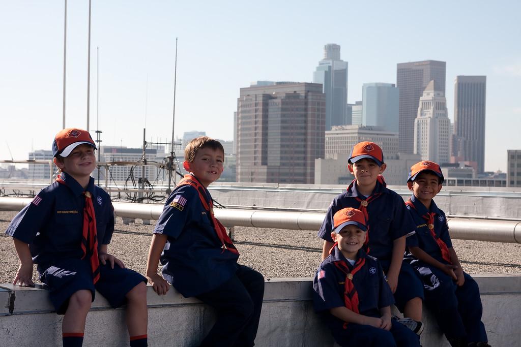 2009.11.22 Cub Scouts police visit 050