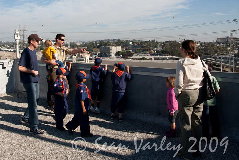 2009.11.22 Cub Scouts police visit 036