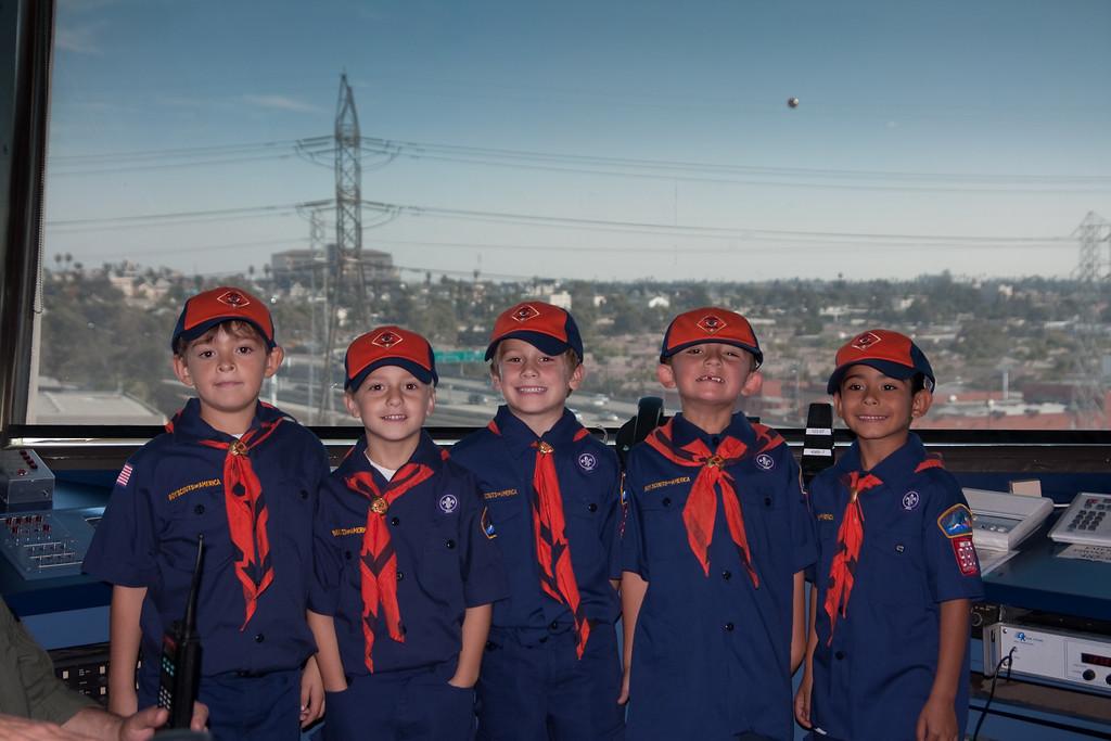 2009.11.22 Cub Scouts police visit 034