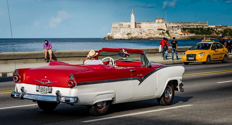 Havana Malecon & Morro Castle - Castillo de los Tres Reyes Magos del Morro,