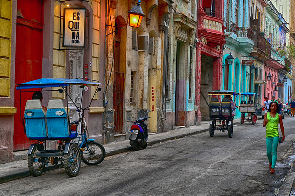 Walking the streets of colorful Havana